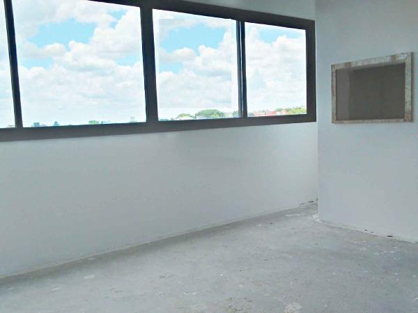 Apartamento com 2 Dormitórios no Bairro Petrópolis em Porto - Foto 5