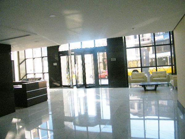 Sala Comercial com Infra Privilegiada do Edifício no Bairro - Foto 4