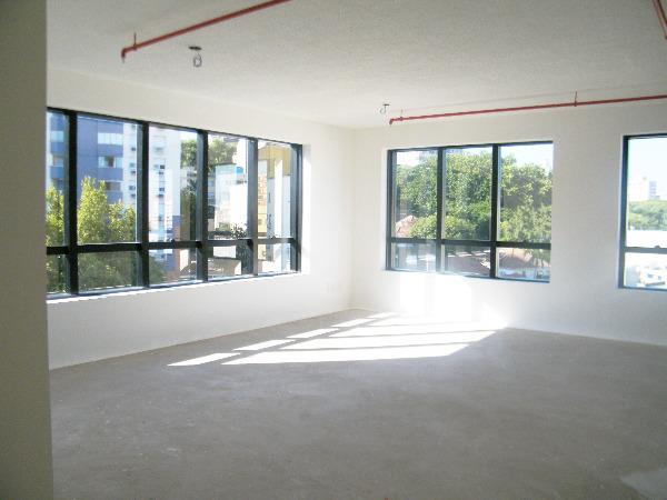 Sala Comercial com Infra Privilegiada do Edifício no Bairro - Foto 7
