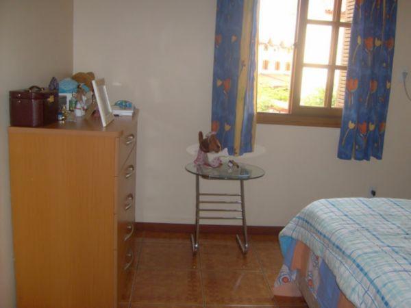 Casa Semimobiliada com 2 Dormitórios no Bairro Cavalhada em Porto - Foto 9