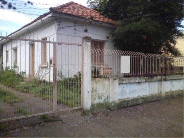 Terreno no bairro Medianeira, próximo ao Estádio Olímpico. Com 694,43 mE de área total e dimensão de 10,70 x 64,90.