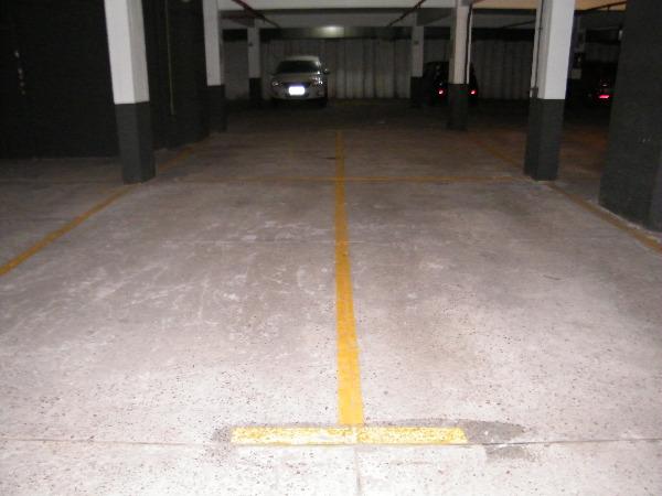 Sala Comercial Mobiliada, com 2 Vagas de Garagem no Bairro São - Foto 8