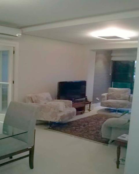 Apartamento Semimobiliado com 2 Dormitórios é 2 Vagas no Bairro - Foto 3