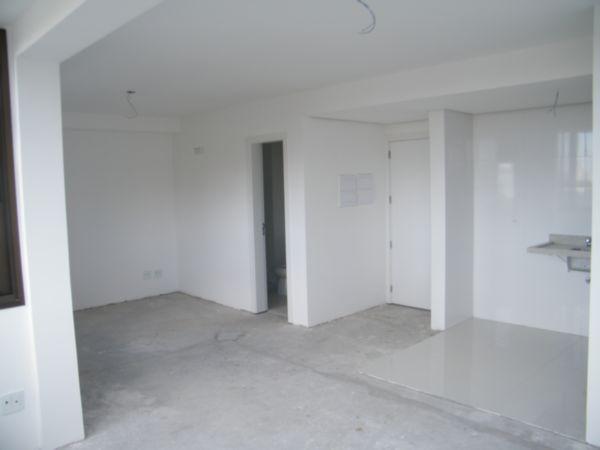 Apartamento com 1 Dormitório no Bairro Moinhos de Vento em Porto - Foto 11