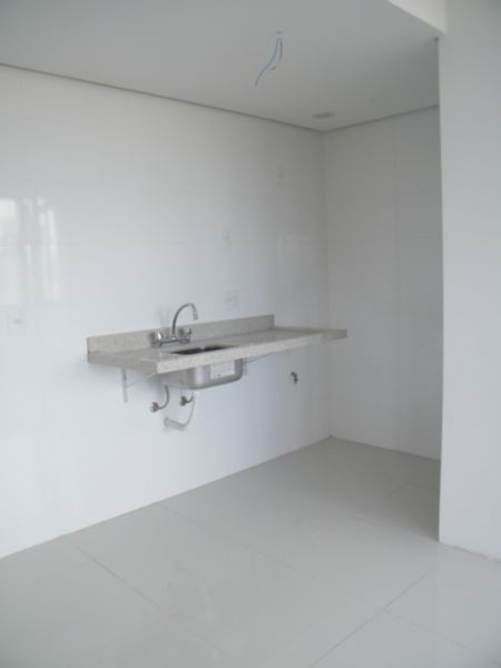 Apartamento com 1 Dormitório no Bairro Moinhos de Vento em Porto - Foto 12