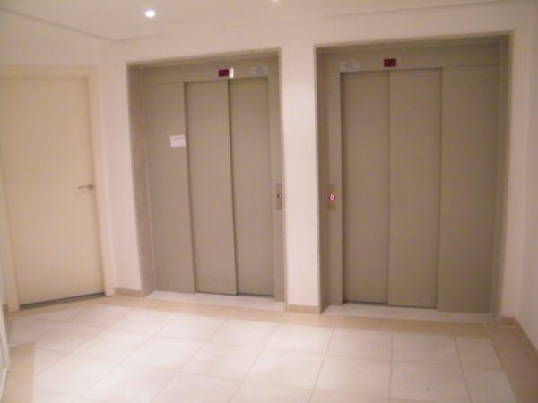 Apartamento com 1 Dormitório no Bairro Moinhos de Vento em Porto - Foto 14