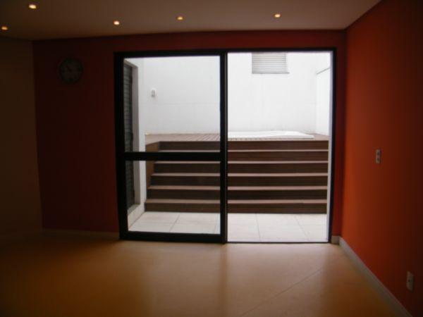 Apartamento com 1 Dormitório no Bairro Moinhos de Vento em Porto - Foto 16