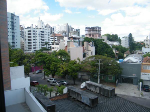 Apartamento com 1 Dormitório no Bairro Moinhos de Vento em Porto - Foto 5