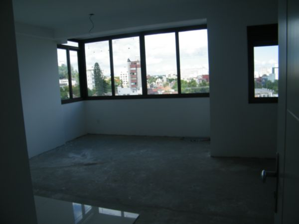 Apartamento com 1 Dormitório no Bairro Moinhos de Vento em Porto - Foto 9