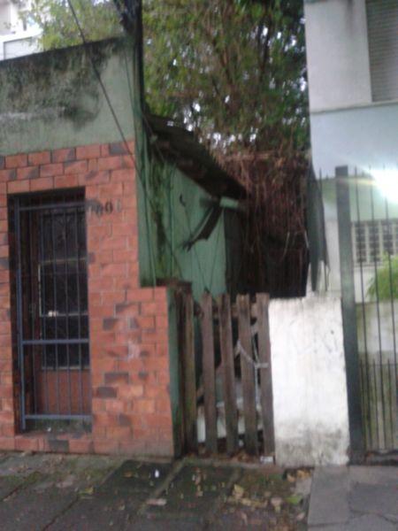 Terreno com 319m² no Bairro Rio Branco em Porto Alegre - RS - Foto 2