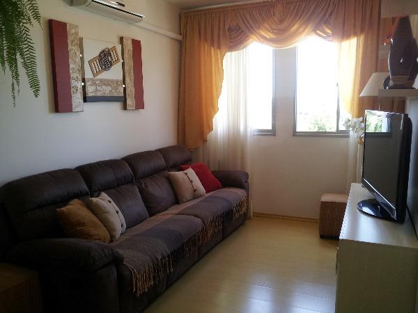 Apartamento com 3 Dormitórios no Bairro São Sebastião em Porto - Foto 2