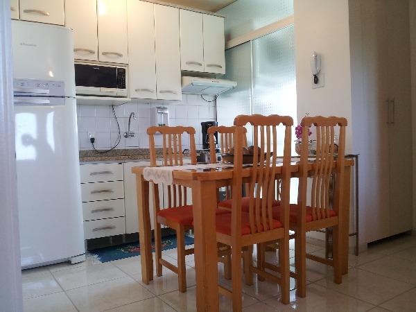 Apartamento com 3 Dormitórios no Bairro São Sebastião em Porto - Foto 3