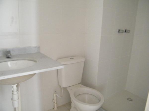 Apartamento com 3 Dormitórios no Bairro Passo das Pedras em Porto - Foto 8