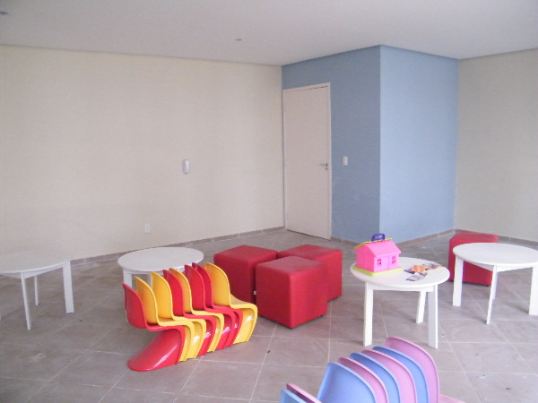 Apartamento com 3 Dormitórios no Bairro Passo das Pedras em Porto - Foto 13