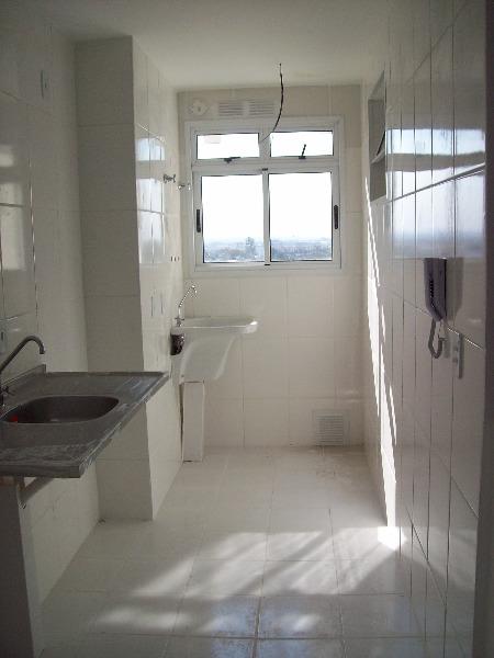 Apartamento com 3 Dormitórios no Bairro Lindóia em Porto Alegre - - Foto 3