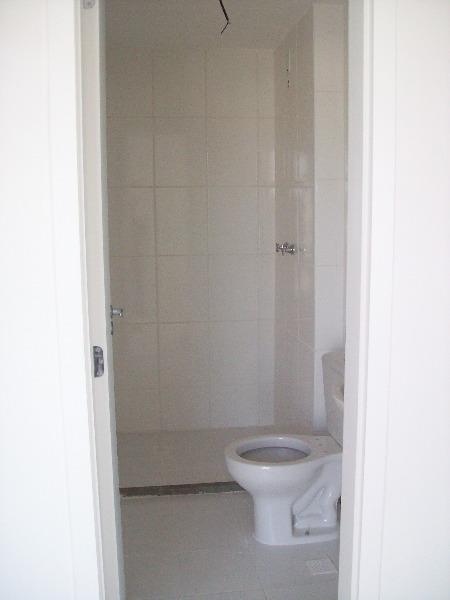 Apartamento com 3 Dormitórios no Bairro Lindóia em Porto Alegre - - Foto 6