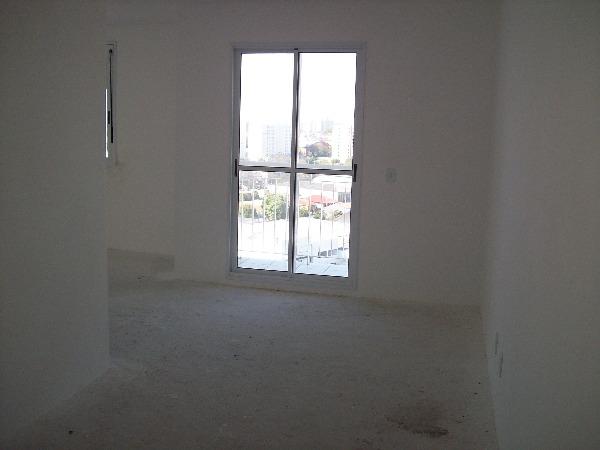 Apartamento com 3 Dormitórios no Bairro Lindóia em Porto Alegre -