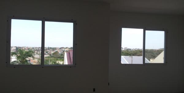 Casa com 3 Dormitórios é 180m² Privativos na Protásio Alves em - Foto 3