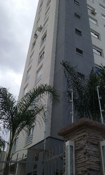 Apartamento com 3 Dormitórios no Bairro Passo da Areia em Porto - Foto 4