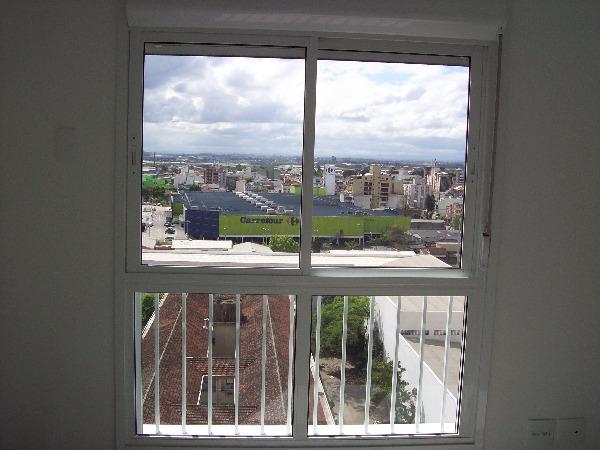 Apartamento com 3 Dormitórios no Bairro Passo da Areia em Porto - Foto 7