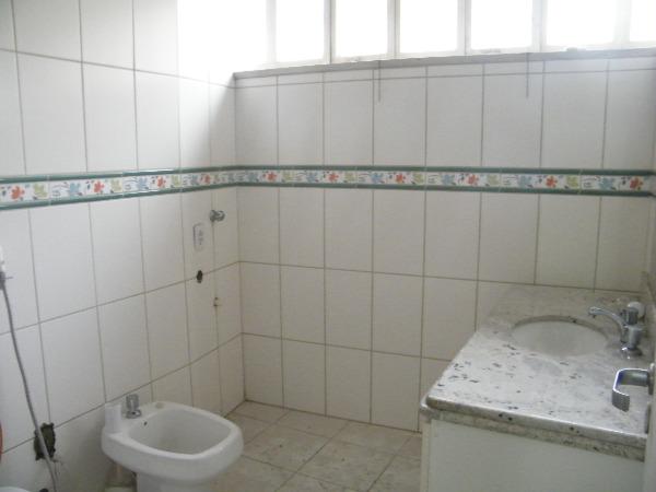 Apartamento com 2 Dormitórios no Centro Histórico em Porto Alegre - Foto 8