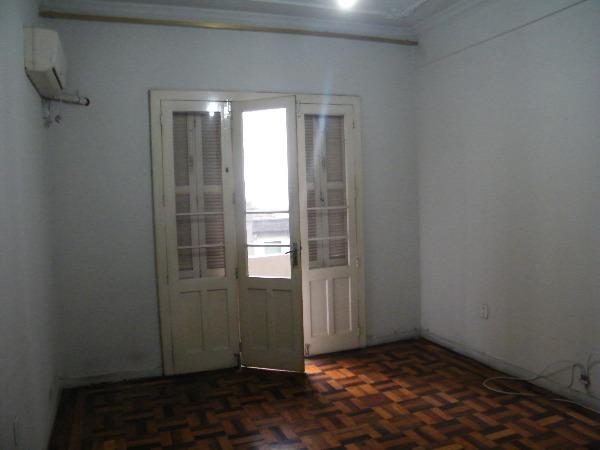 Apartamento com 2 Dormitórios no Centro Histórico em Porto Alegre - Foto 2