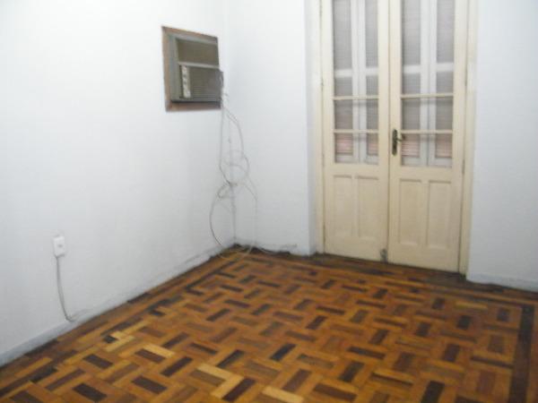 Apartamento com 2 Dormitórios no Centro Histórico em Porto Alegre - Foto 6