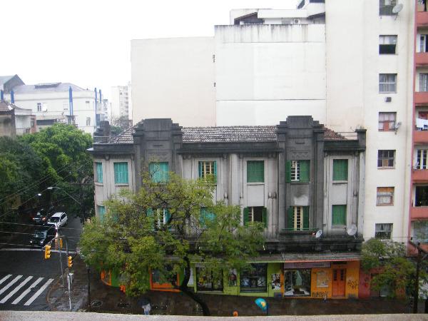 Apartamento com 2 Dormitórios no Centro Histórico em Porto Alegre