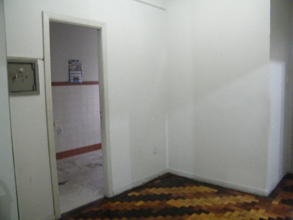 Apartamento com 2 Dormitórios no Centro Histórico em Porto Alegre - Foto 5
