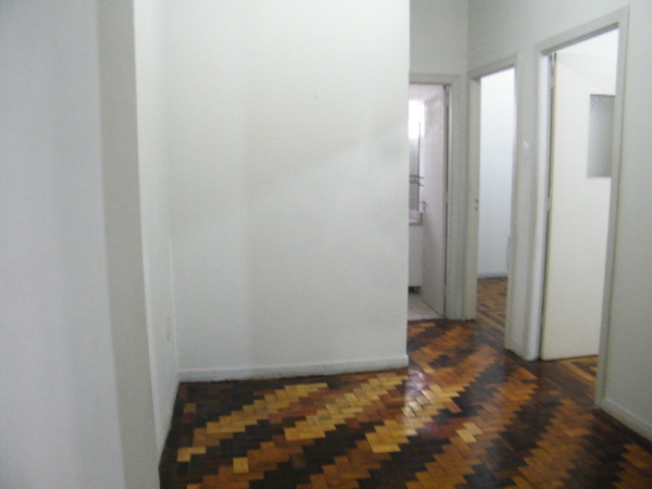 Apartamento com 2 Dormitórios no Centro Histórico em Porto Alegre - Foto 4