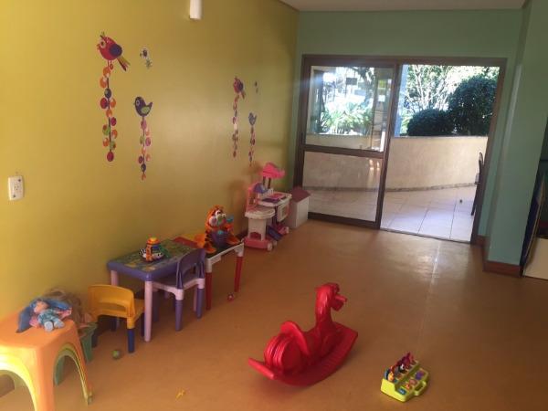 Apartamento com 3 Dormitórios no Bairro Higienópolis em Porto - Foto 12