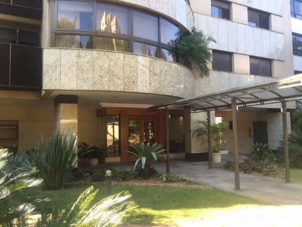 Apartamento com 3 Dormitórios no Bairro Higienópolis em Porto - Foto 9