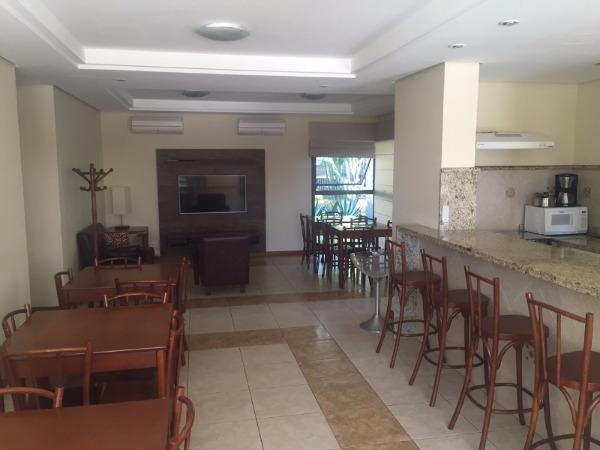 Apartamento com 3 Dormitórios no Bairro Higienópolis em Porto - Foto 10
