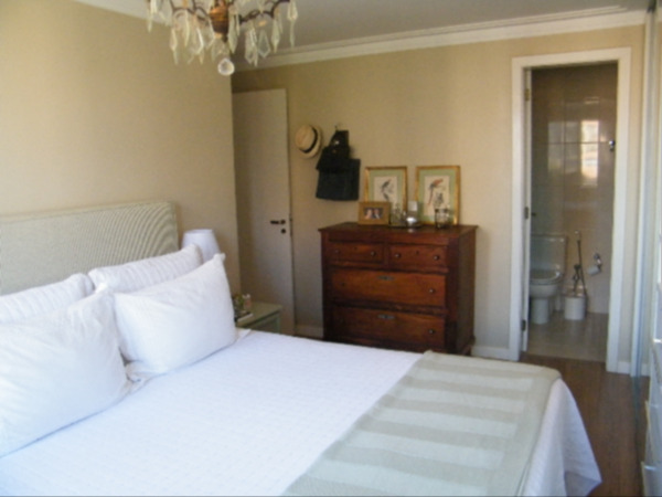 Apartamento com 3 Dormitórios no Bairro Higienópolis em Porto - Foto 25
