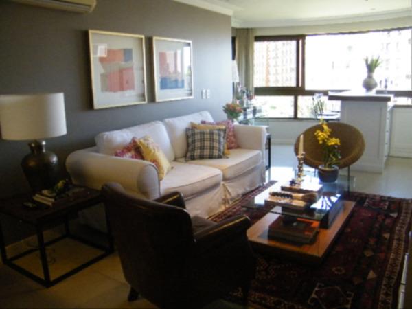 Apartamento com 3 Dormitórios no Bairro Higienópolis em Porto - Foto 13