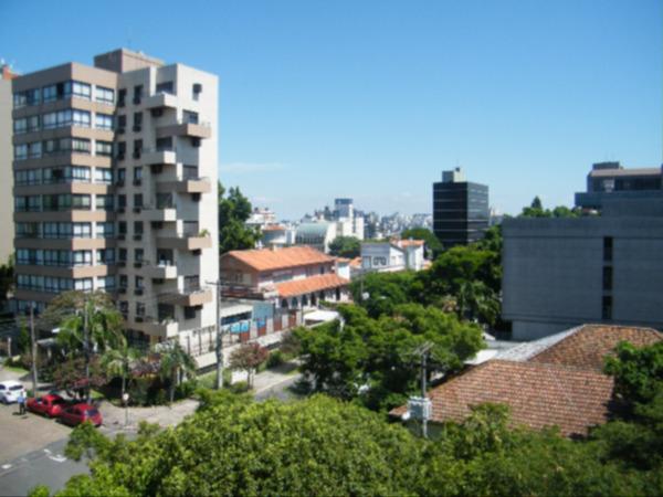 Apartamento com 3 Dormitórios no Bairro Higienópolis em Porto - Foto 15