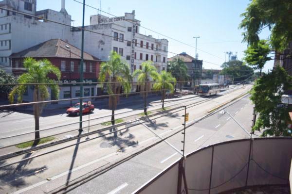 Apartamento com 2 Dormitórios no São Geraldo Porto Alegre - RS - Foto 18