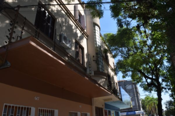 Apartamento com 2 Dormitórios no São Geraldo Porto Alegre - RS - Foto 2