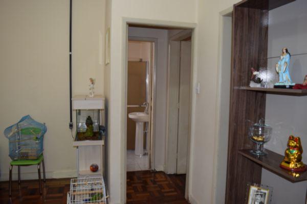 Apartamento com 2 Dormitórios no São Geraldo Porto Alegre - RS - Foto 6