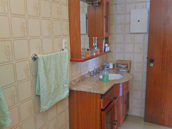 Apartamento com 2 Dormitórios é 1 Vaga de Garagem no - Foto 8