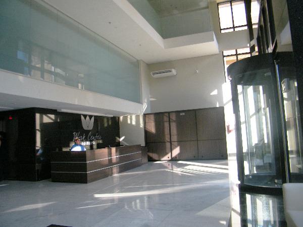 Sala Comercial com 1 Vaga de Garagem no Bairro Floresta Porto - Foto 3