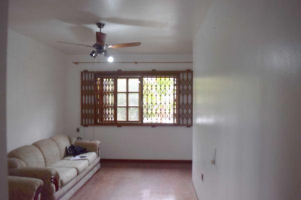 Casa com 3 Dormitórios no Bairro Sarandí Porto Alegre RS - Foto 3