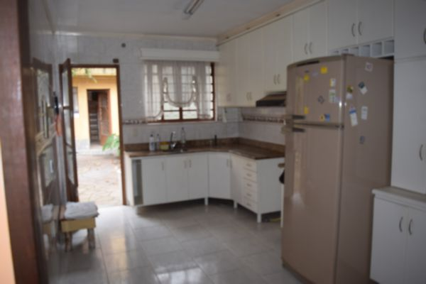 Casa com 3 Dormitórios no Bairro Sarandí Porto Alegre RS - Foto 5