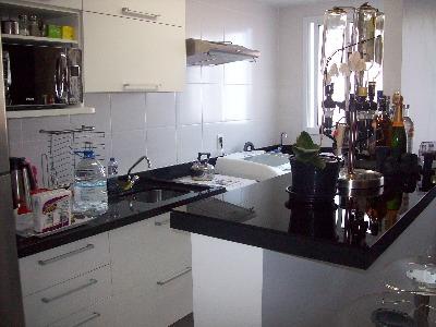Apartamento Mobiliado com 3 Dormitórios no Bairro Vila Ipiranga - Foto 9