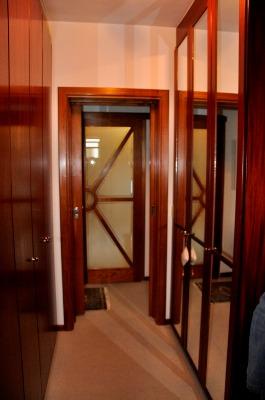 Apartamento com 3 Dormitórios no Bairro Azenha em Porto Alegre - - Foto 9