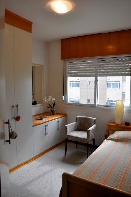 Apartamento com 3 Dormitórios no Bairro Azenha em Porto Alegre - - Foto 13