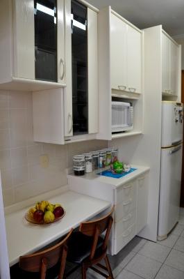 Apartamento com 3 Dormitórios no Bairro Azenha em Porto Alegre - - Foto 17